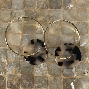 Gold and Blonde Tortoise Shell Hoops